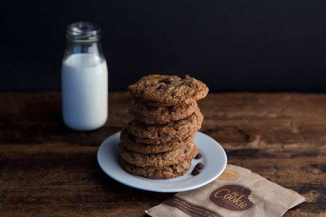 How to Bake the Awesome DoubleTree Cookie at Home