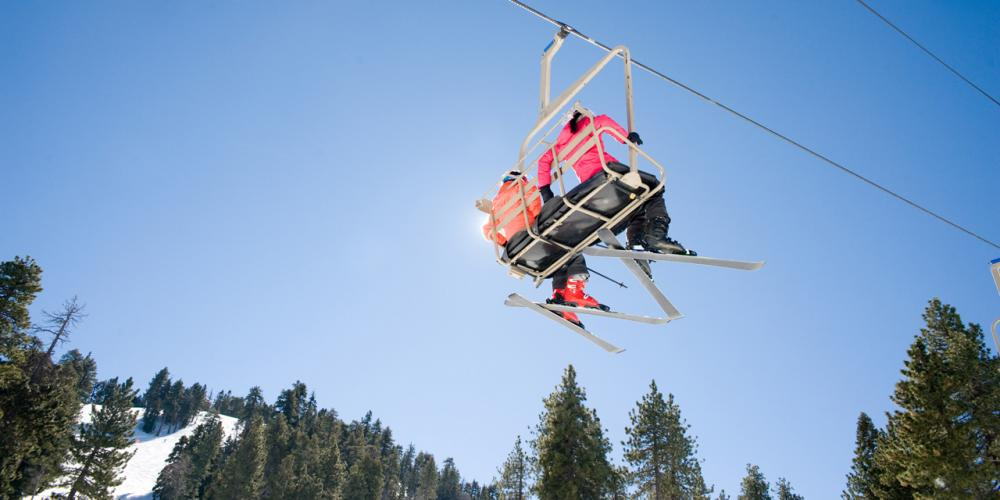 6 Tips for a Fun, Safe 2021 Ski Vacation