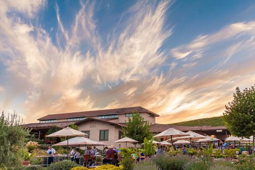 These 5 Paso Robles Wines Rank Among Best in the World