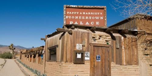 Pappy & Harriet's Pioneertown Palace